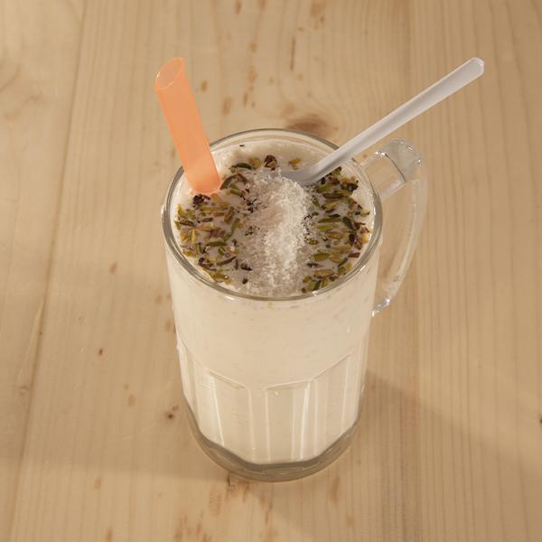 شیر موز خرما نارگیل ۳